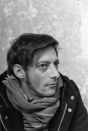 Romain Delorme bassiste et clavier de Volin - © Fred Petit